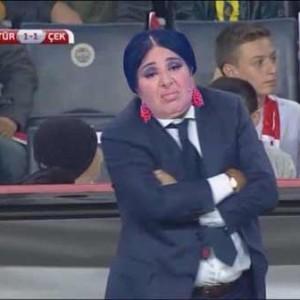 En Komik Nur Yerlitaş (Nurella) Caps'ları